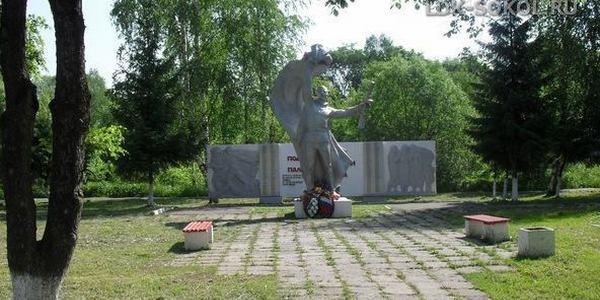 Памятник работникам Сокольского ЛДК погибшим в годы ВОВ