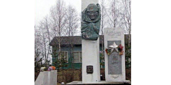 Село Архангельское: Памятник павшим землякам в годы ВОВ