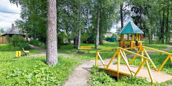 Пушкинский сад, город Кадников