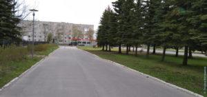 Возле здания районной администрации (вечер 23 мая 2020)