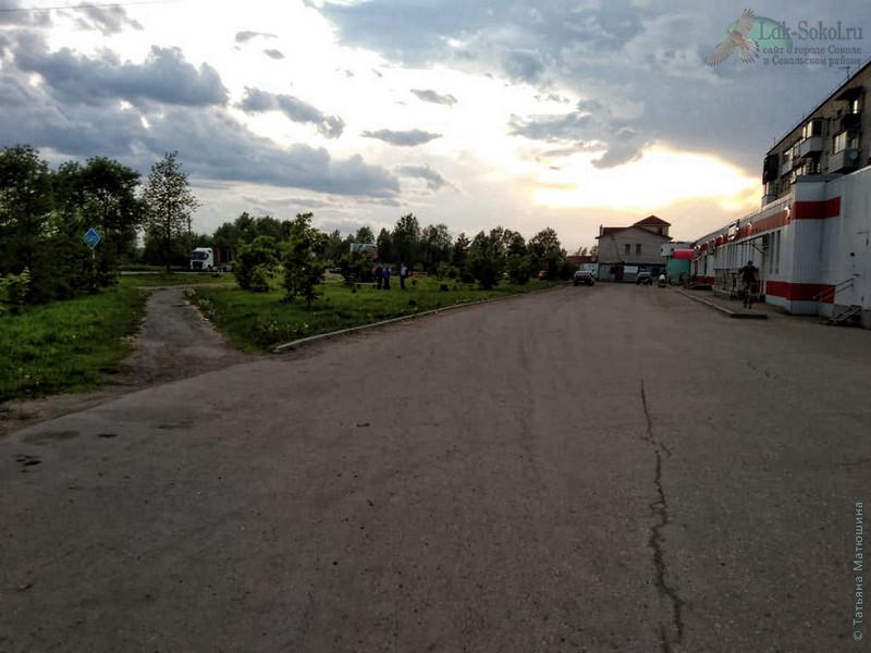 Сквер в честь 80-летия города Сокола и района