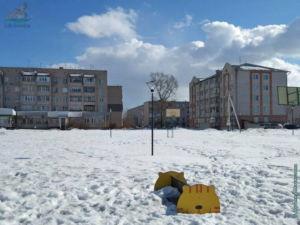 Площадь возле здания Администрации