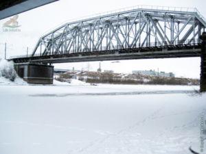 Мост над рекой Сухоной